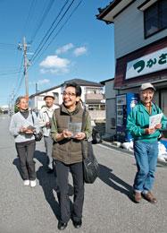 「こんにちは 酒田健康生協です!」笑顔で地域を歩きます