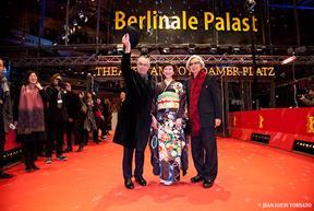 ▲ベルリン国際映画祭で喝采を受けました