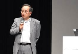 ▲講演する武田晴人教授
