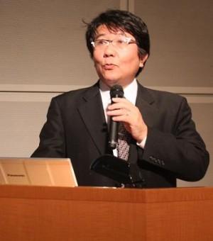▲講演中の高橋 泰教授